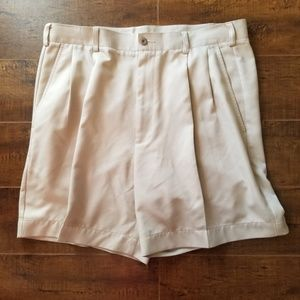 Perry Ellis Men's Beige Chino Pleated Shorts Sz 36